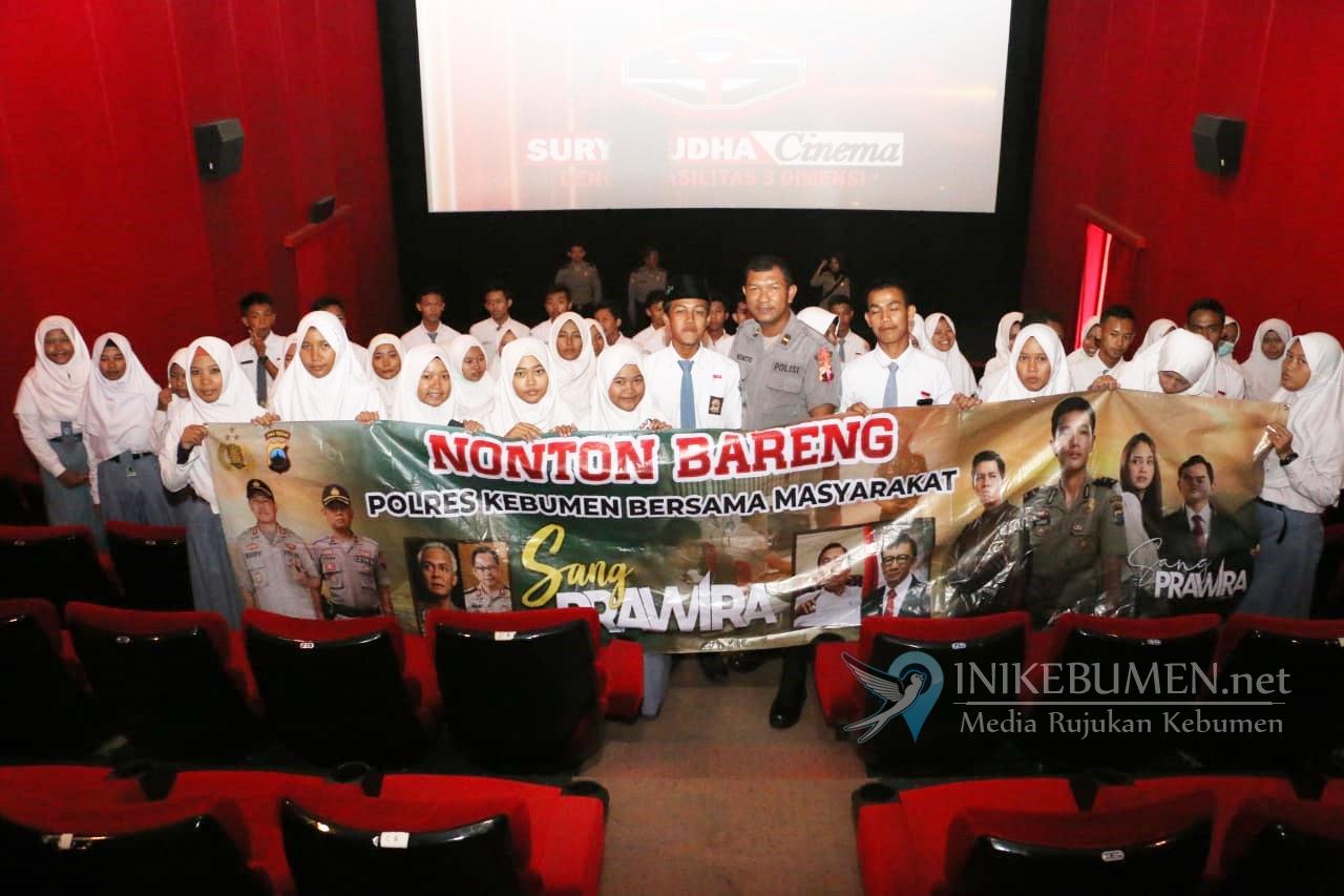 Para Pelajar SMA/SMK di Kebumen Diajak Nobar Film Sang Prawira
