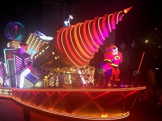 Incredibles Paint the Night Parade float