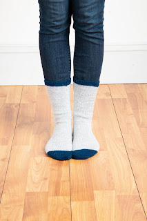 socks, knit, stripes, gray, white, blue, pattern, simple