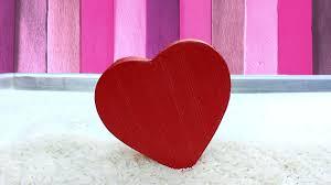 Pantun Cinta Romantis dan Lucu Terlengkap Bikin Baper