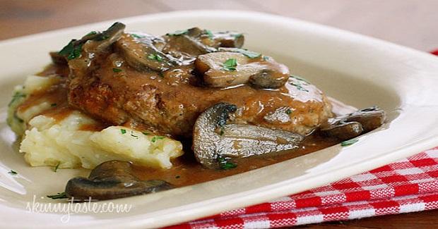 Skinny Salisbury Steak With Mushroom Gravy Recipe - Kusina ...