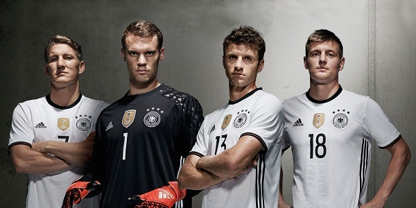 Jersey home Jerman