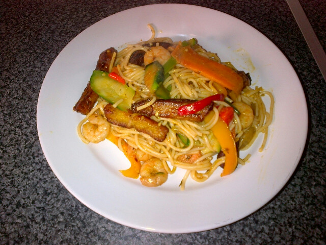 Spaghetti, plantain and vegetables stir fry