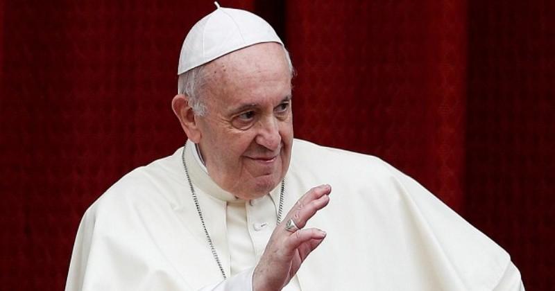 Mohon Doanya, Paus Fransiskus Sedang Menjalani Operasi di RS Gemelli