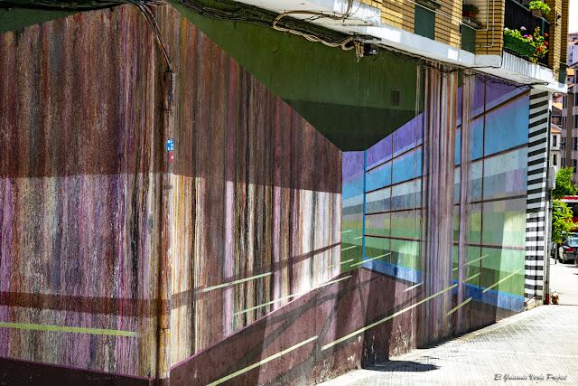 Mural en Miribilla 7, por Dk Muralismo - Bilbao, por El Guisante Verde Project