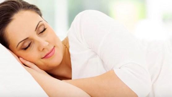 20 menit sebelum tidur sebaiknya menggunakan krim malam