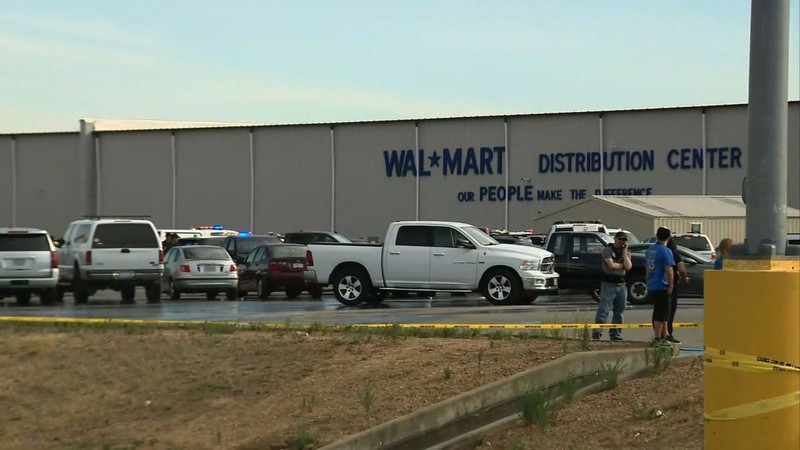 Shooting at Walmart Center, California (USA) Police Identifies the 3rd death victim