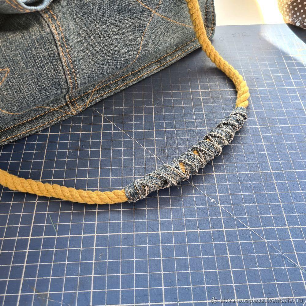 Recycled Denim Bag. Free Pattern & Tutorial