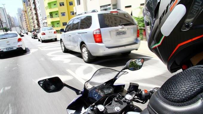 """Mudanças propostas no código de Trânsito podem regulamentar de vez motos no """"corredor"""""""