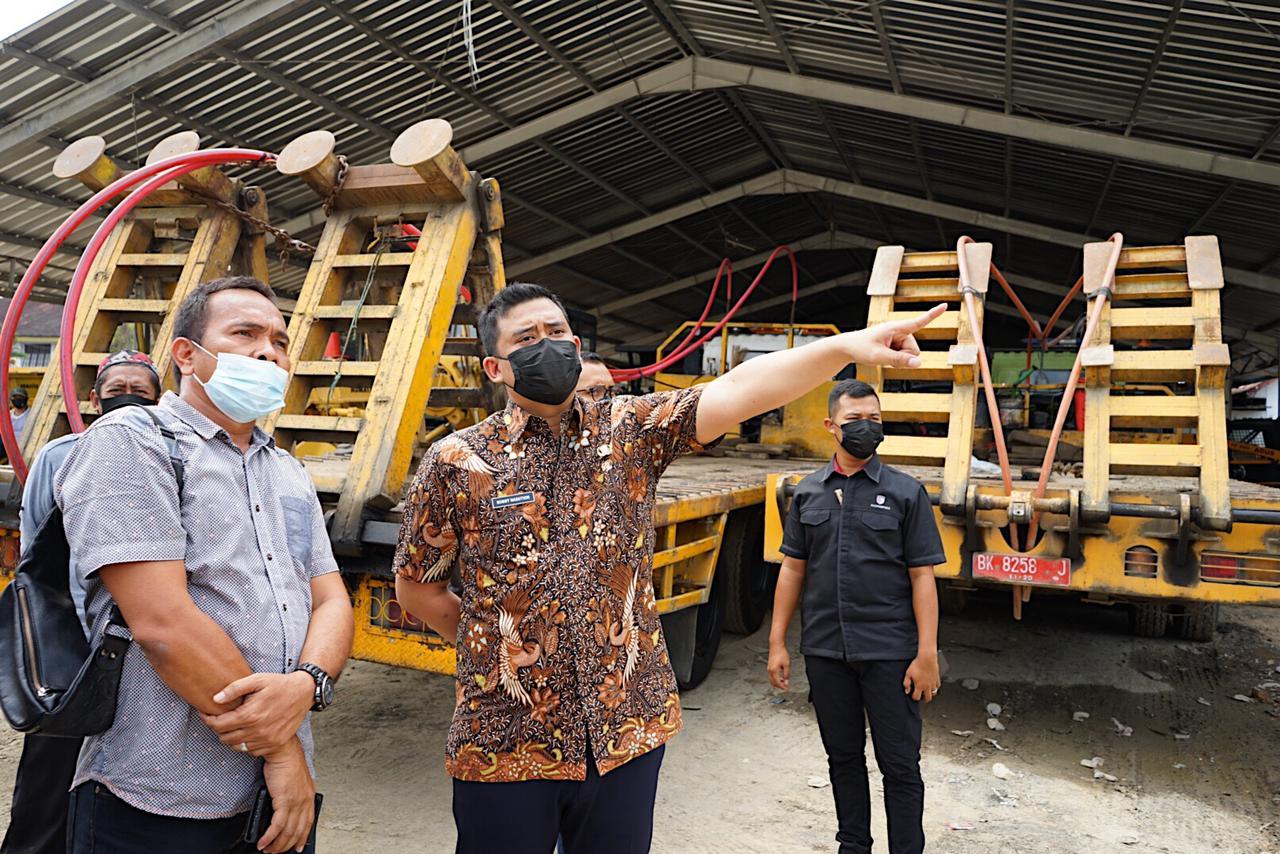 Walikota Medan Bobby Nasution Heran, Alat Berat Dinas PU Memadan dan Canggih Tapi Banyak Jalan di Kota Medan yang Rusak