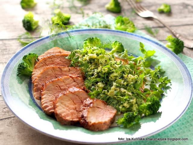 miodowa polędwica wieprzowa , brokuł ala risotto , obiad , mięso , wieprzowina , brokuły , warzywa z mięsem