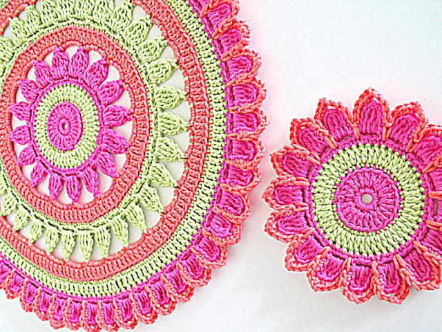 crochet patterns, placements, coasters, doilys, table sets,