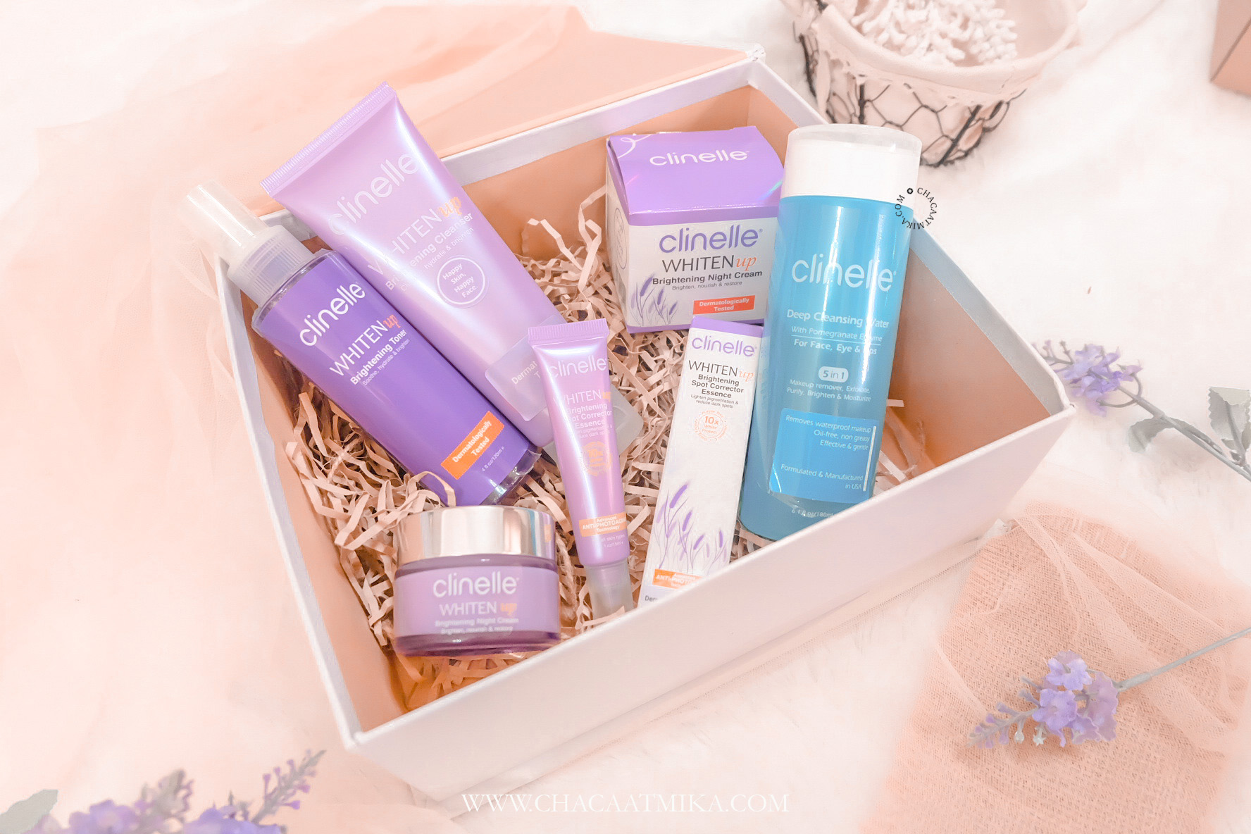 Review Clinelle WhitenUp Brightening Series dan Deep Cleansing Water