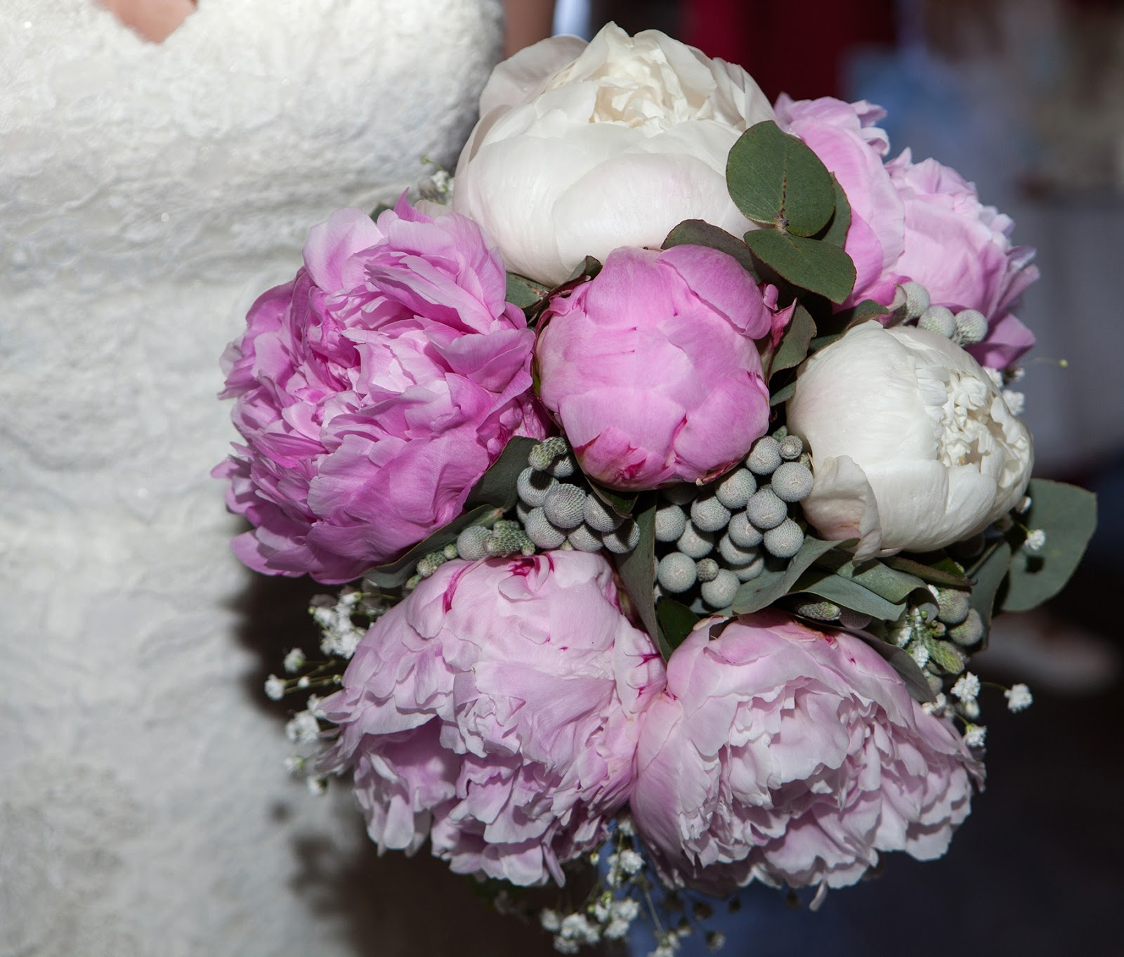 pronovias wedding dress peonies bouquet
