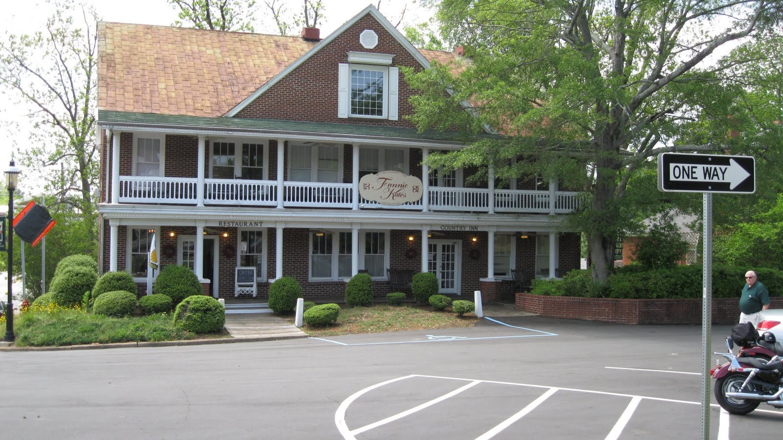 So Here We Are In Mccormick South Carolina Is One Of Laurie S Family Names This A Photo Fannie Kate Country Inn
