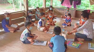 Tidak Ada Jaringan, Begini Cara Siswa di Pelosok Toraja Belajar Ditengah Covid-19