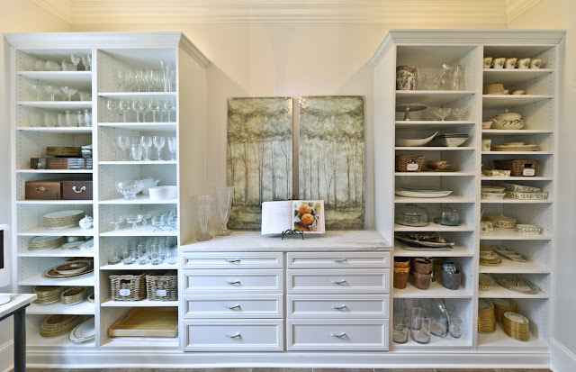 Get The Best Shop Shelves By Using The Right Dealers