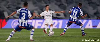 Crónica Real Madrid 1 Alavés 2: El Tren de la Liga se Aleja más