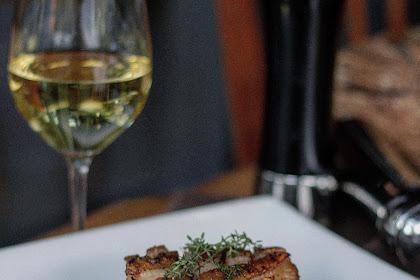 Bluegrass, Tempat Hangout Asyik Untuk Menikmati Steak