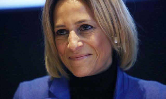 Би-би-си отстранила неудобного журналиста от интервью чиновнику Эмили Маитлис (Emily Maitlis)