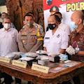 Pengirim Dari Makassar, BNN Berhasil Bongkar Peredaran Ganja Dikemas Dalam Kue Brownis