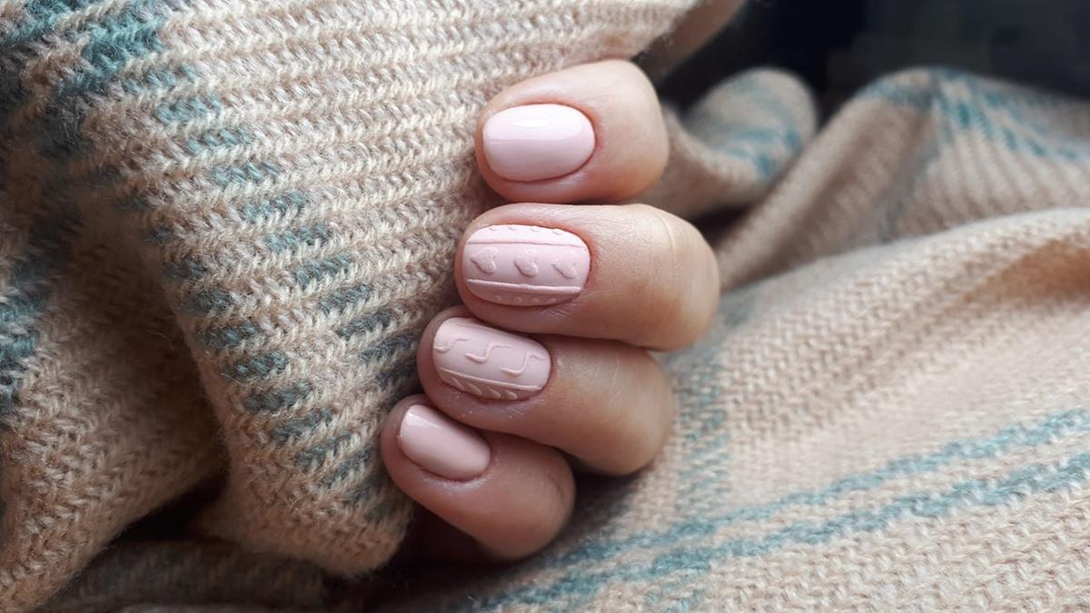 delikatne paznokcie