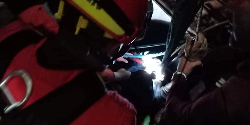 انقاذ شخص سقط في بئر