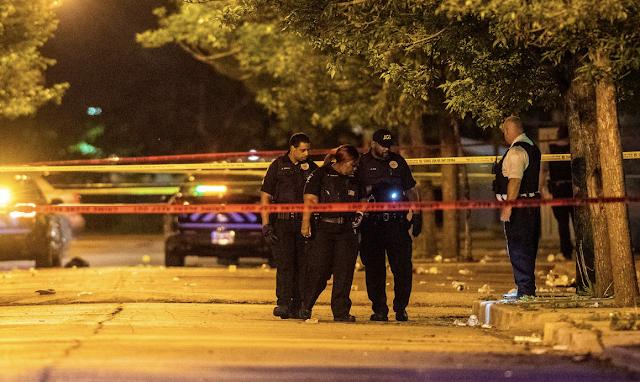 33 shot, 5 killed so far in Memorial Day weekend gun violence