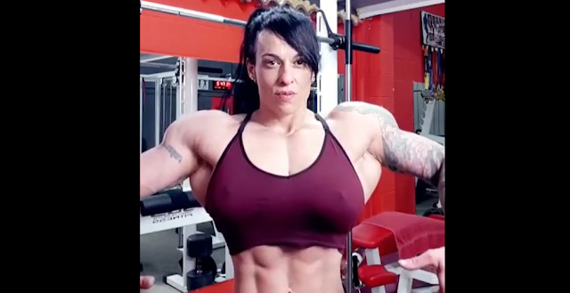 Video Female bodybuilder Strong, stimulate muscle