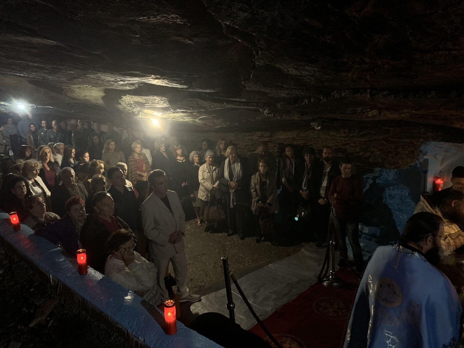 My Samos: Ένα blog για τη Σάμο: ΦΩΤΟΡΕΠΟΡΤΑΖ: Το πανηγύρι στην Παναγία Σπηλιανή!