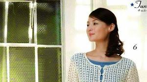 Fina y femenina túnica al crochet