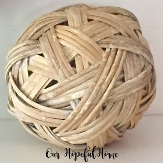 rustic natural ball decor