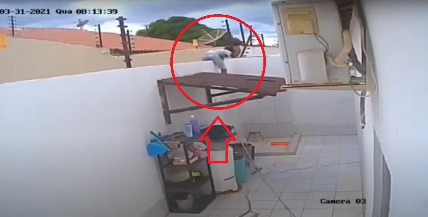 Homem pula muro de casa e furta objetos de valor em bairro de Petrolina (PE) - Portal Spy Notícias de Juazeiro e Petrolina