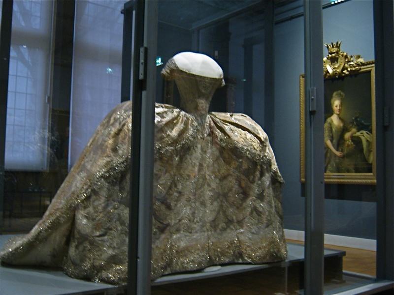 Abiti Da Sposa Nel 700.Le Hameau De La Reine L Abito Da Sposa Di Maria Antonietta