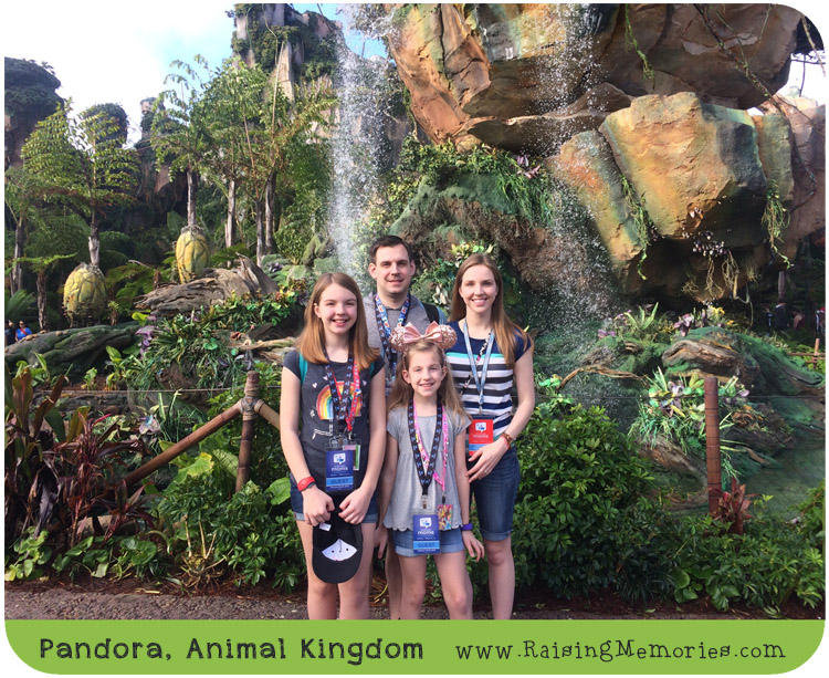 Pandora Animal Kingdom Disney Social Media Moms 2018