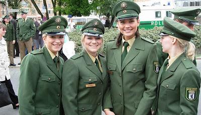polisi Wanita Jerman