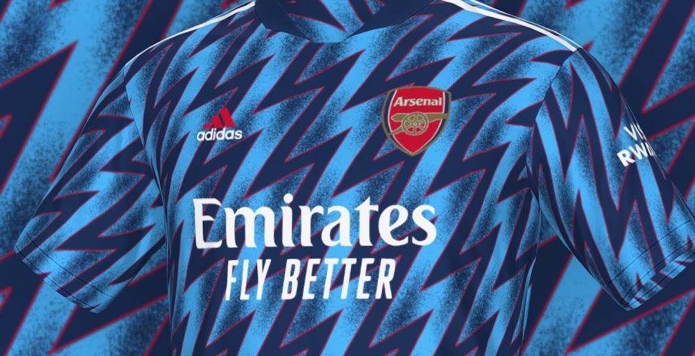 Mit diesem design sind alle. Nachbau des Arsenal 21-22 Trikots mit dem FIFA 21 Trikot