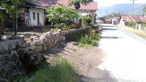 Tragis, Sekelompok Orang Pagari Rumah Sitanggang Yang Telah Sah Dibelinya
