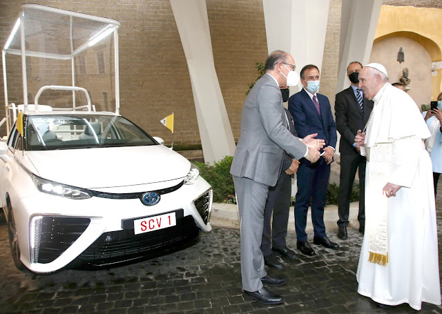 Toyota, Papamobile ad idrogeno per Sua Santità Papa Francesco