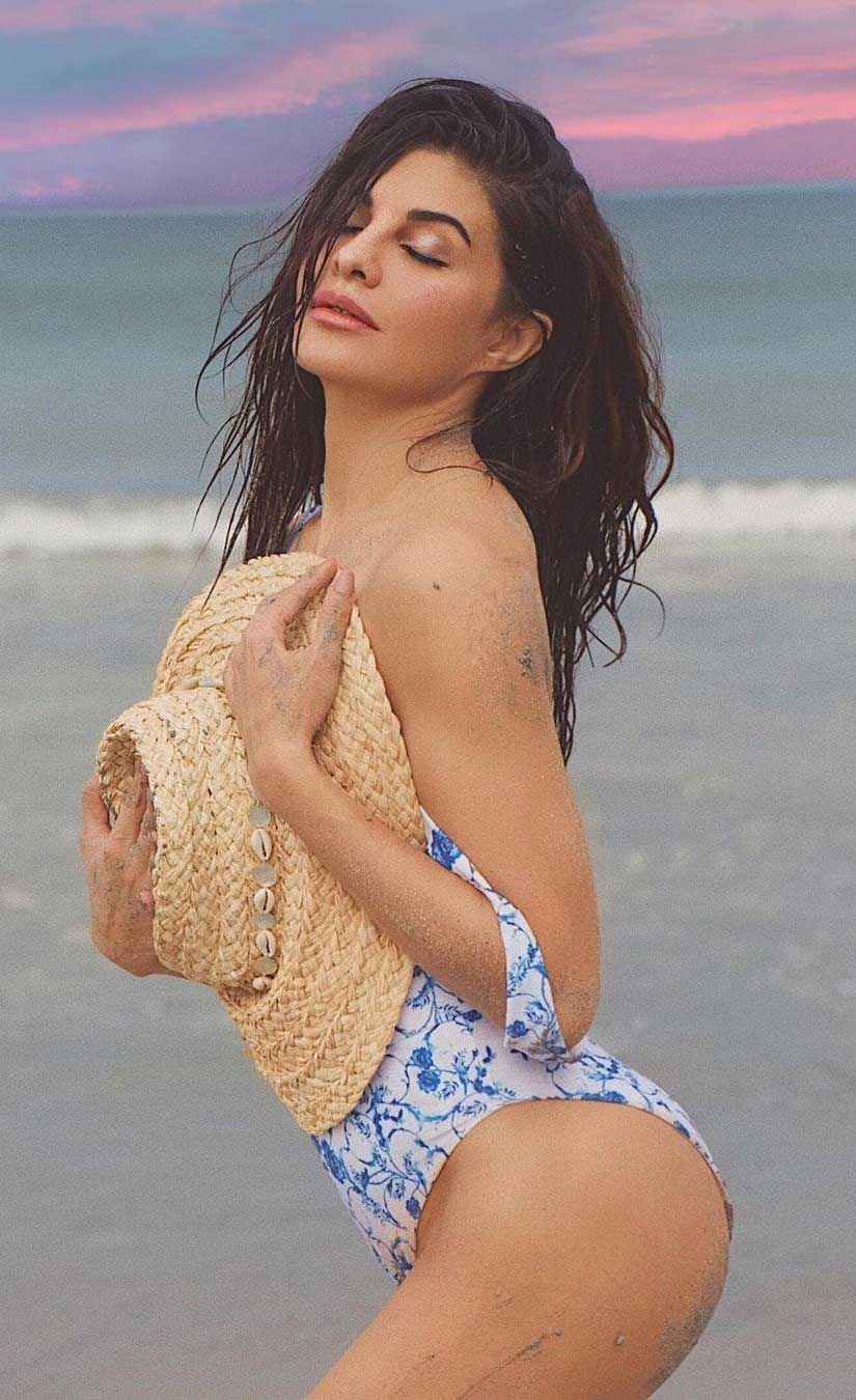 120+ Pics of Jacqueline Fernandez in Bikini lingerie and Swimsuit