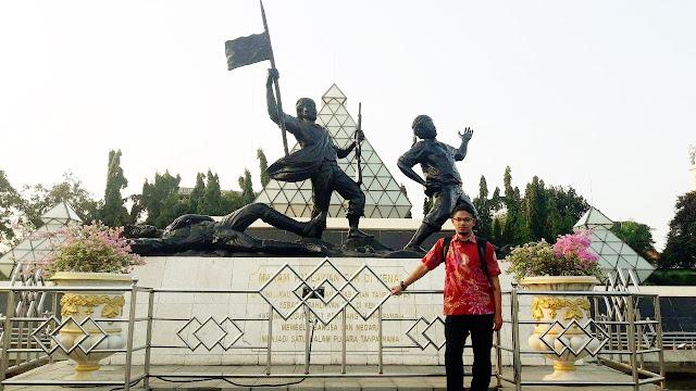 makam-pahlawan-surabaya