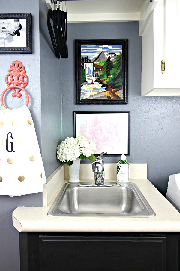 laundry room sink, mudroom, gallery wall