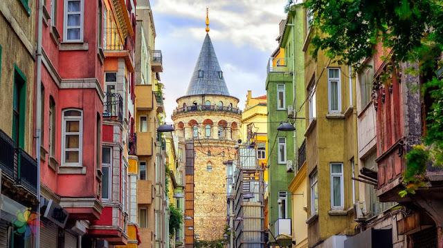 http://maviveedebiyat.blogspot.com.tr/2017/12/istanbulun-yakisiklisi-galata-kulesi.html