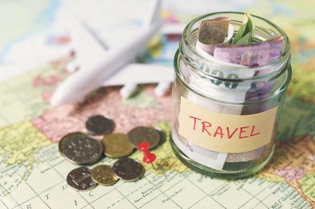 5 Ways To Make Money While Traveling