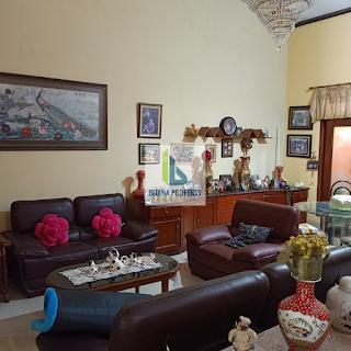 Ruang Keluarga  Jual Murah Rumah 2,5 Lantai Di Komplek Taman Setiabudi (Tasbi) Medan Sumatera Utara