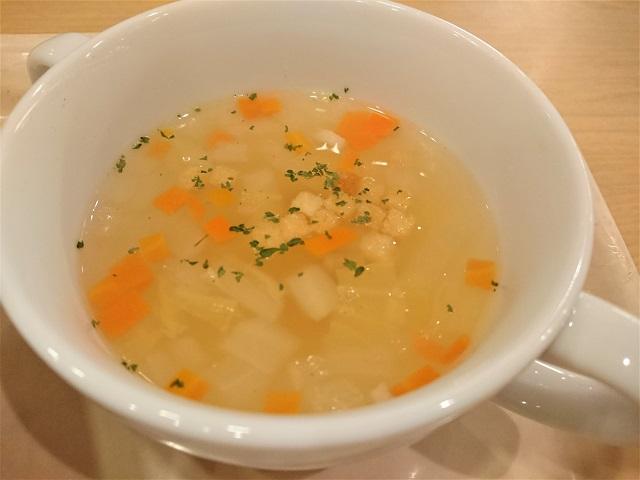 アクア・ユーカリ いくらとサーモンのクリームスパゲッティ スープ
