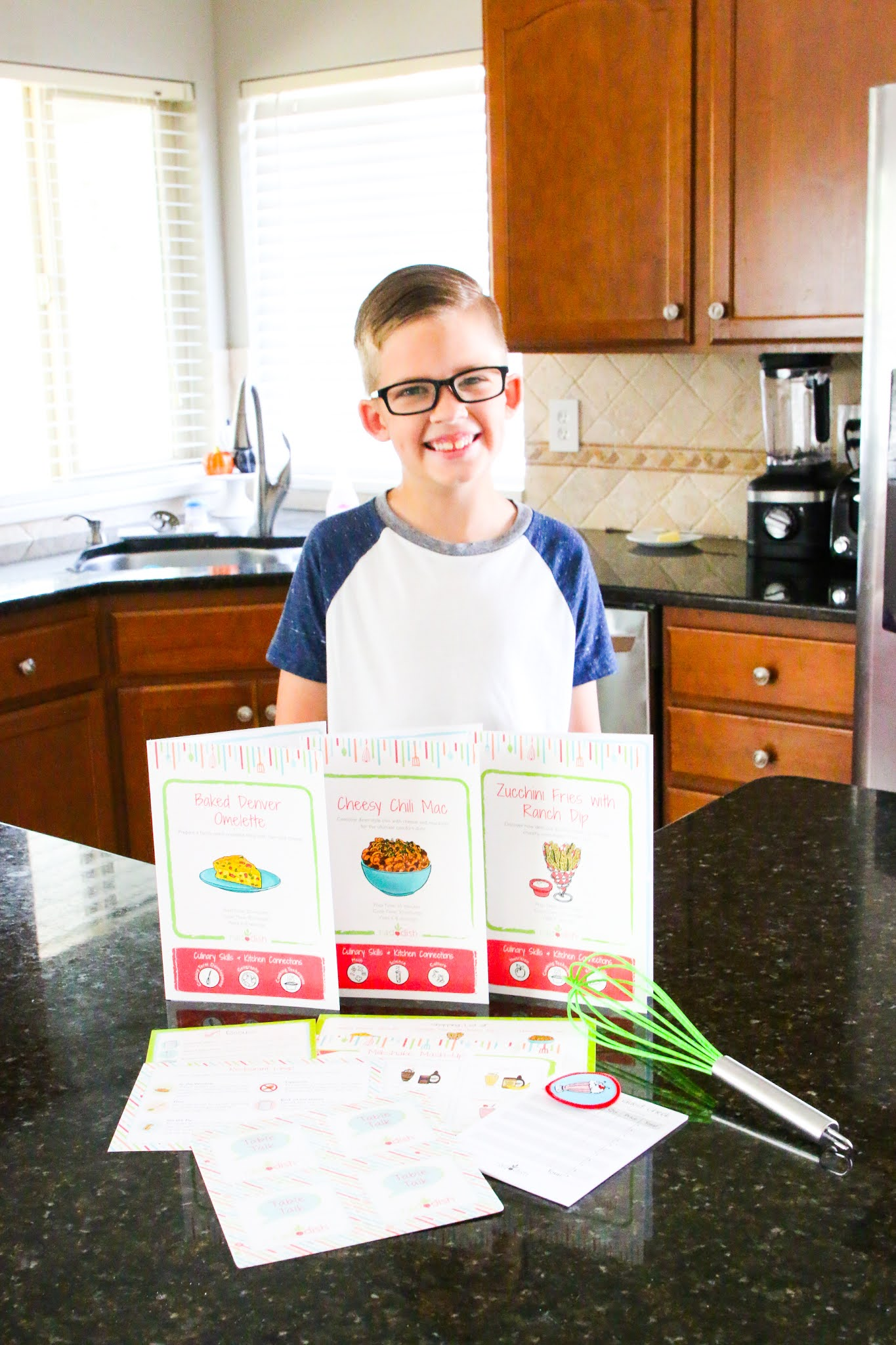 Raddish kids reviews. Raddish kids coupon code. Raddish kids promo code. Raddish kids recipe reviews. How to teach your child to cook. The best way to teach your child cooking skills. Easy recipes for kids to cook. Subscription boxes for homeschooling. Homeschool activities for kids. #homeschool #cooking #homesconomics #subscriptionboxes #kids #learning