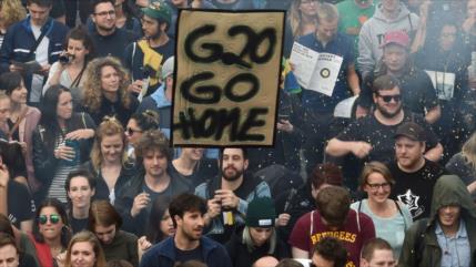 Unos 20 mil alemanes protestan contra cumbre de G20
