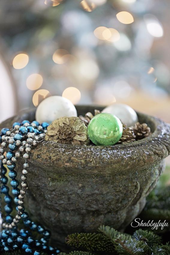 christmas ornaments budget