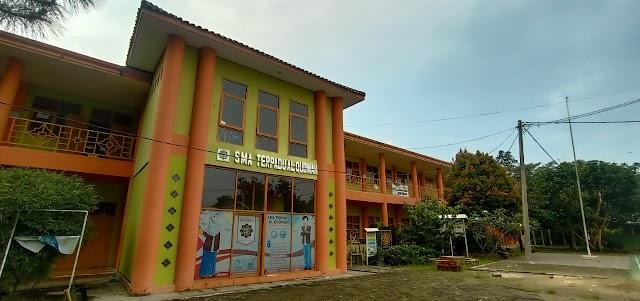 Gedung dan Fasilitas Sekolah